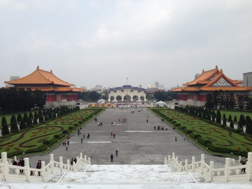 夜市と蒋介石のお墓 台湾⑦(最終回)