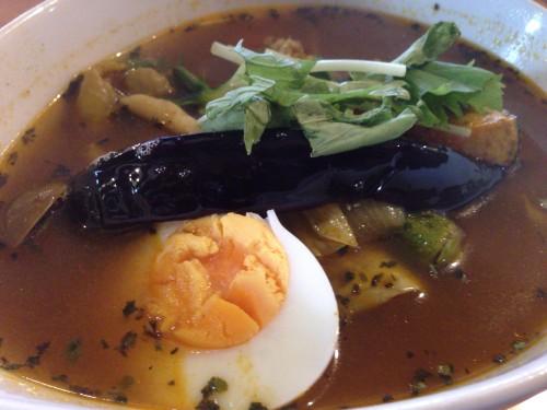 柔らかチキンのスープカレー。 洋食屋きのさと 愛知県春日井市