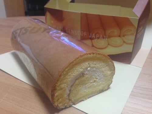 ふわっふわのロールケーキ。 パティシエ ラボ テツヤ 愛知県春日井市