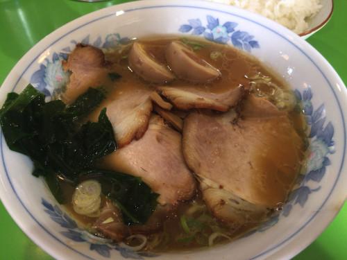 安定の美味しさと抜群のコスパ。 中華そば 万楽 名古屋市西区