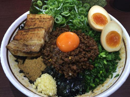 濃厚坦々麺はなび 小牧店1
