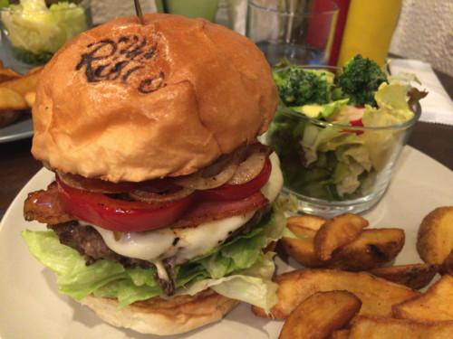 絶品アボカドソースのハンバーガー。 The Risco(リスコ) 名古屋市中区